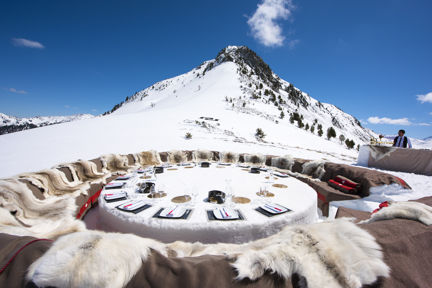 Why Verbier is the perfect venue for your corporate ski event?